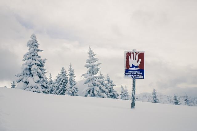 alpine-605287_640.jpg